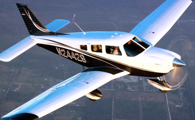 piper aircraft in flight for an airplane appraisal