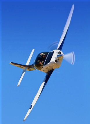 small aircraft in a turn for an aircraft appraisal